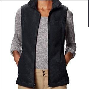 Columbia Dark Gray Fleece Vest